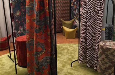 """Textilshow """"be-mer-kens-wert"""" von Pascal Walter im Prisco Haus"""