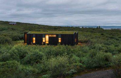 Ferienhäuser in der isländischen Landschaft von PK Architekten