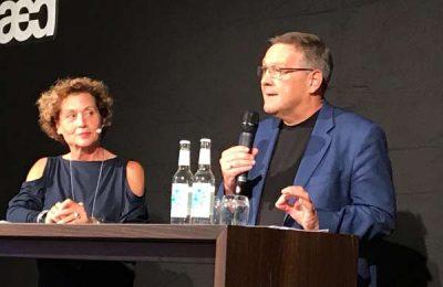 Der Stuttgarter Kaldewei-Repräsentant Klaus Kömen erklärte das Engagement der 100 Jahre alten Sanitärmarke