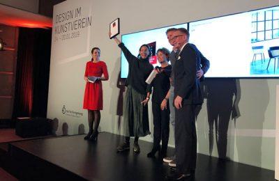 """Für Dedon nahmen den """"Best of""""-Award Sonja und Jan van der Hagen entgegen."""